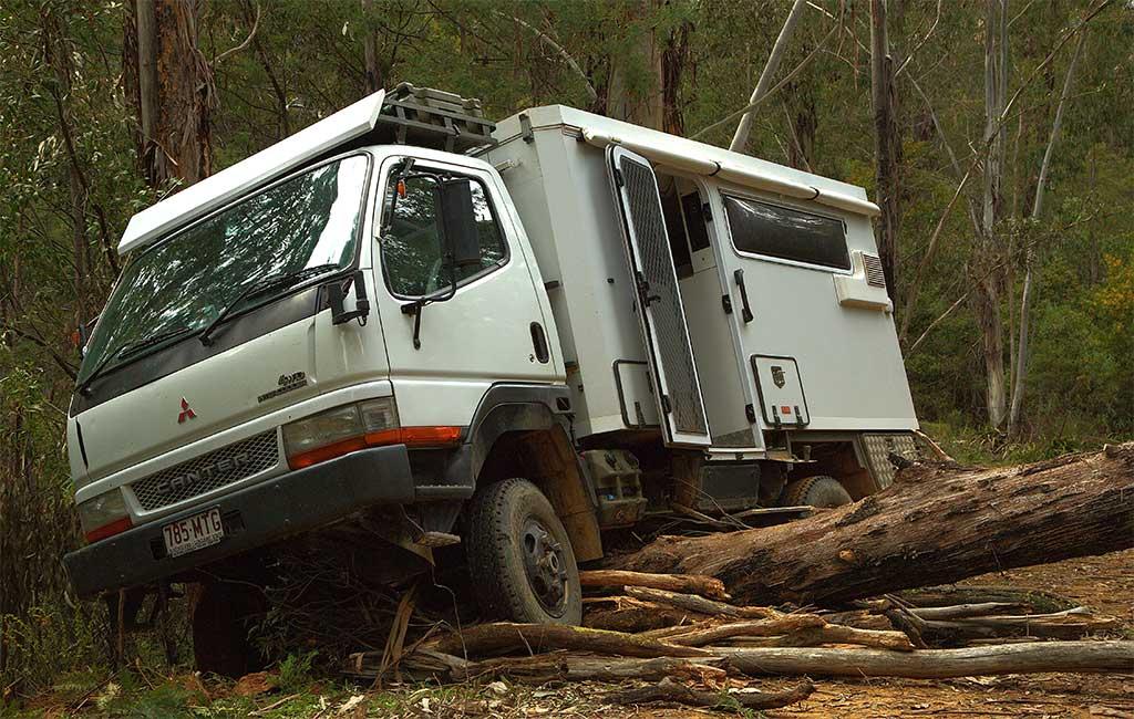 truck-on-log